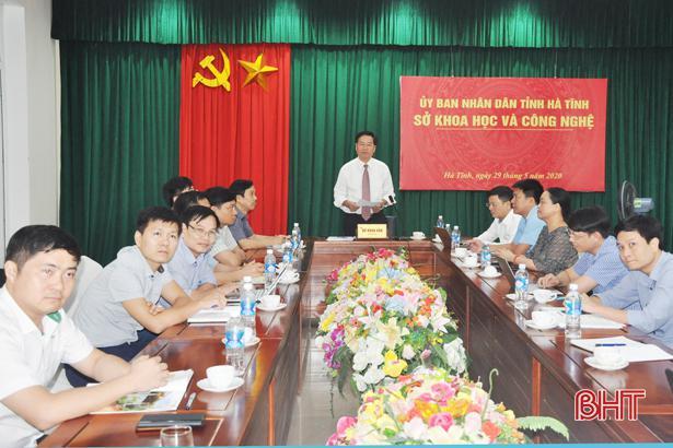 Hà Tĩnh đề xuất Bộ trưởng Bộ KH&CN có giải pháp giúp doanh nghiệp đầu tư đổi mới công nghệ